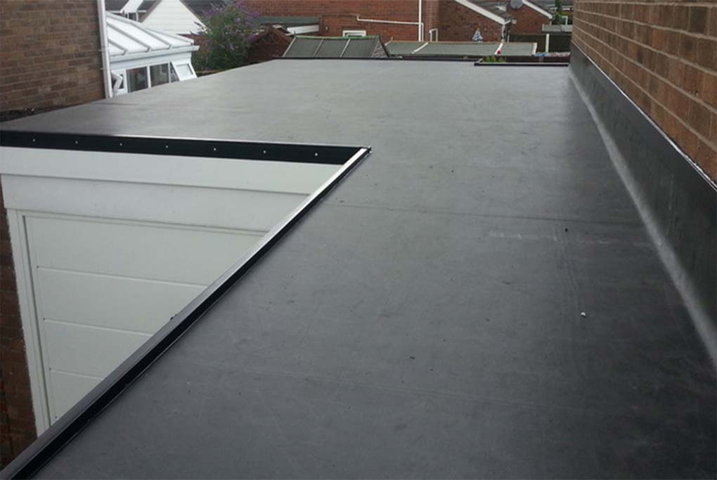 rubber-roofing status roofing stoke on trent staffordshire installation